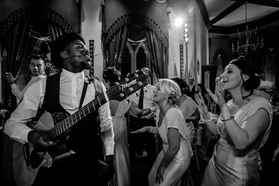 Ant & Louise NYE Peckforton Castle Wedding- Sansom Photography-51