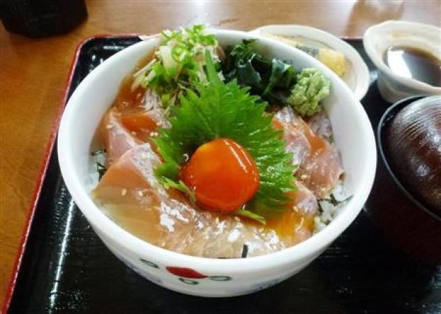 幻の魚イトウ、「食べに来て」とアピール 青森・鰺ケ沢で大規模養殖(1)