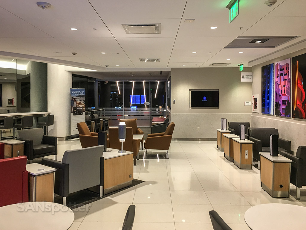 American Airlines Admirals Club At D30 Miami