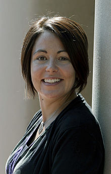 """Tired of answering questions about cloning mammoths, Beth Shapiro, a professor of ecology and evolutionary biology at UC Santa Cruz, wrote a book called """"How to Clone a Mammoth."""" (Photo credit: http://en.wikipedia.org/wiki/Beth_Shapiro)"""