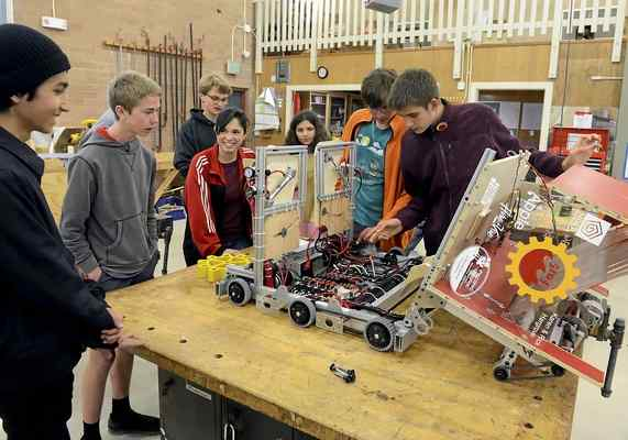 Pacific Grove robotics heading to the national championship