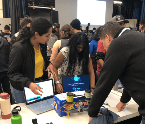 ProductOps reports on supporting, mentoring, judging at  CruzHacks 2019