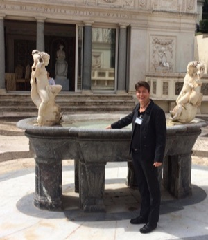 Jenny Reardon participates in Vatican workshop on personalized medicine
