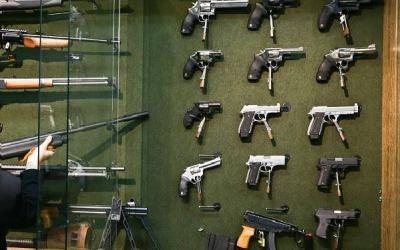 Exército veta fuzil para cidadão comum em portaria sobre decreto das armas