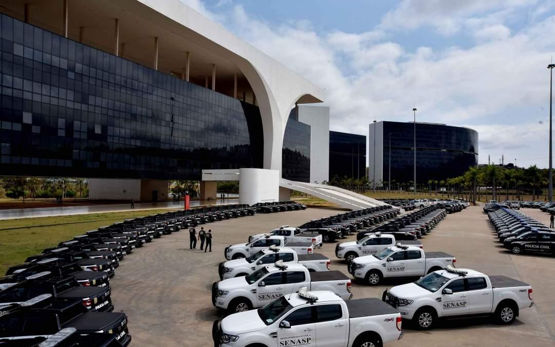 Itatiaiuçu é contemplada com nova viatura para Polícia Civil