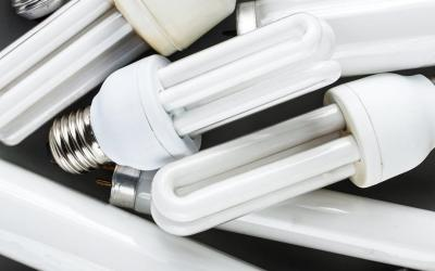Empresa coleta lâmpadas fluorescentes na região para reciclagem