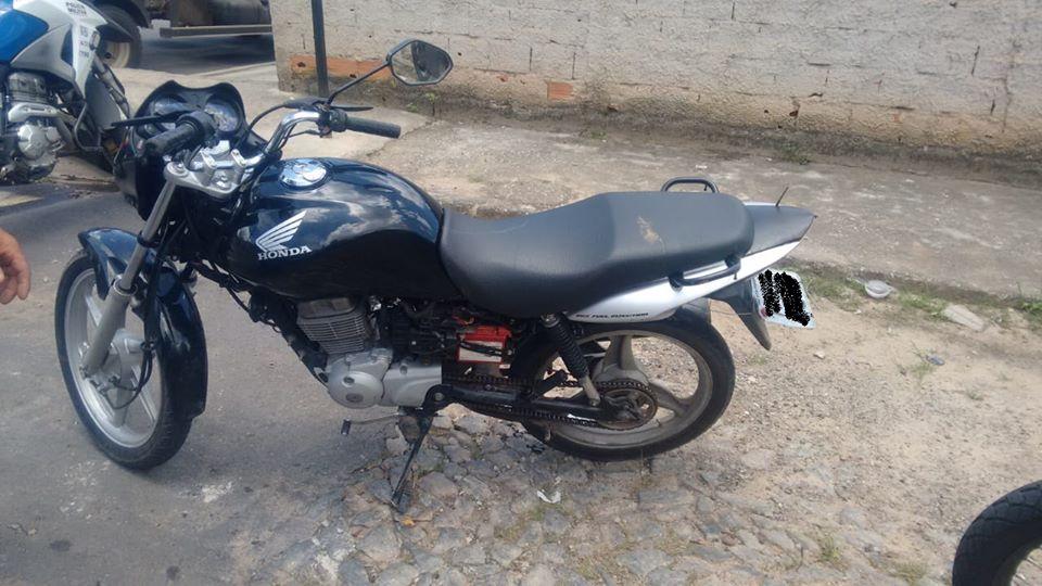 Polícia Militar de Itaúna recupera motocicleta furtada