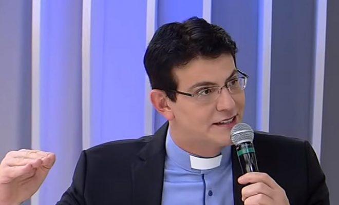 Padre Reginaldo Manzotti recebe alta hospitalar