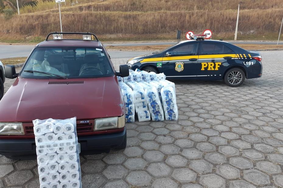 Homens são presos por saquear carga de papel higiênico na BR-381