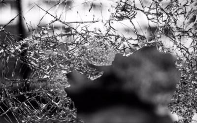 Homem sofre cortes ao pular de janela no Cidade Nova