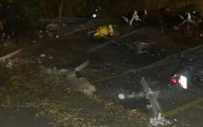 Carreta perde freio e atinge mais de 20 veículos em Pará de Minas