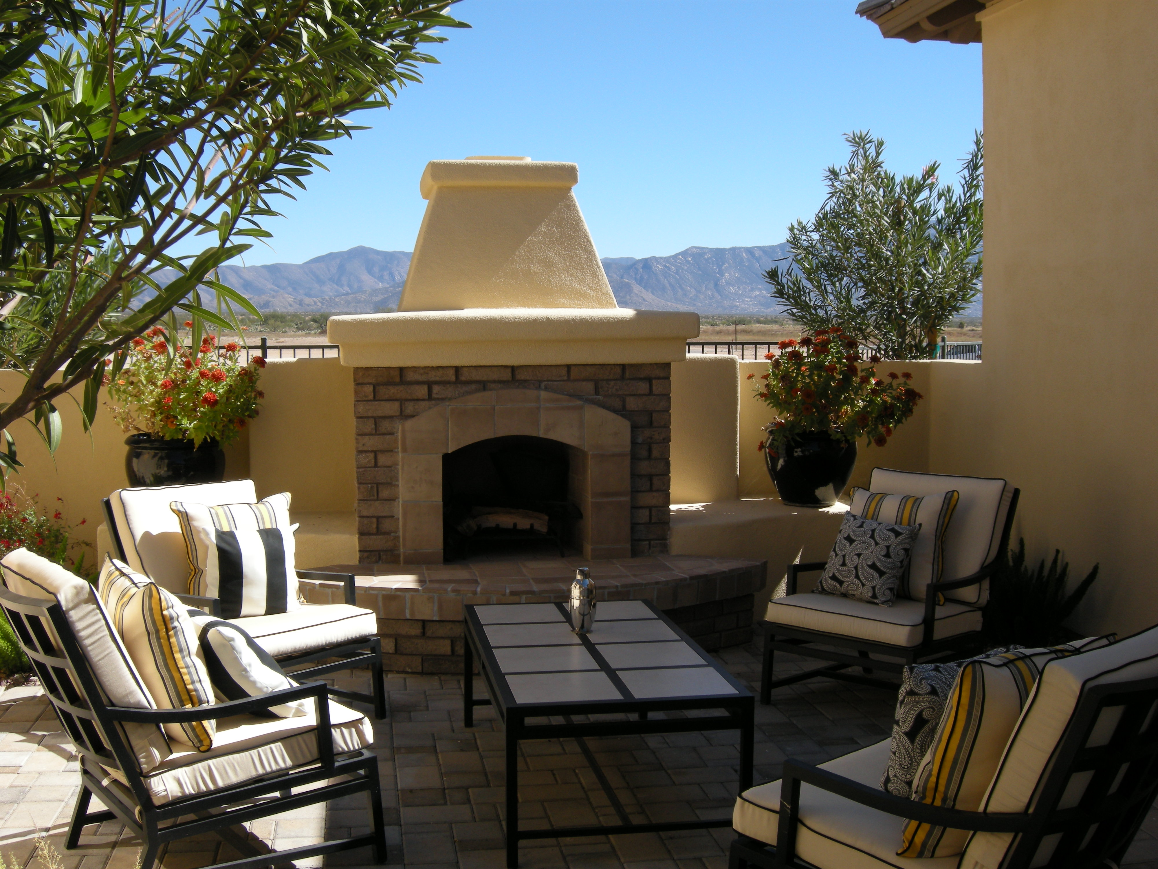It S Not Too Late To Enjoy An Outdoor Fireplace
