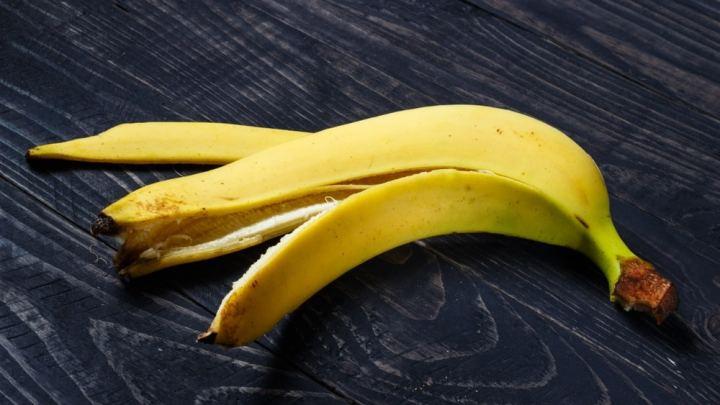Huit utilisations bizarres pour les pelures de banane