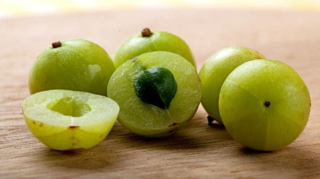 Remède indien de groseille à maquereau (Amla) pour le diabète: