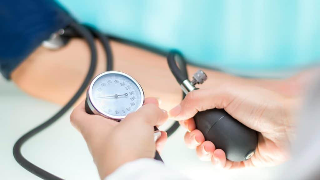 Comment gérer l'hypertension à l'aide de moyens naturels