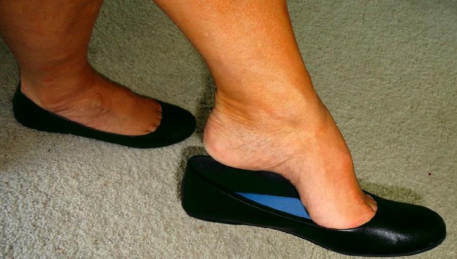 Comment guérir les pieds malodorants (pieds puants)