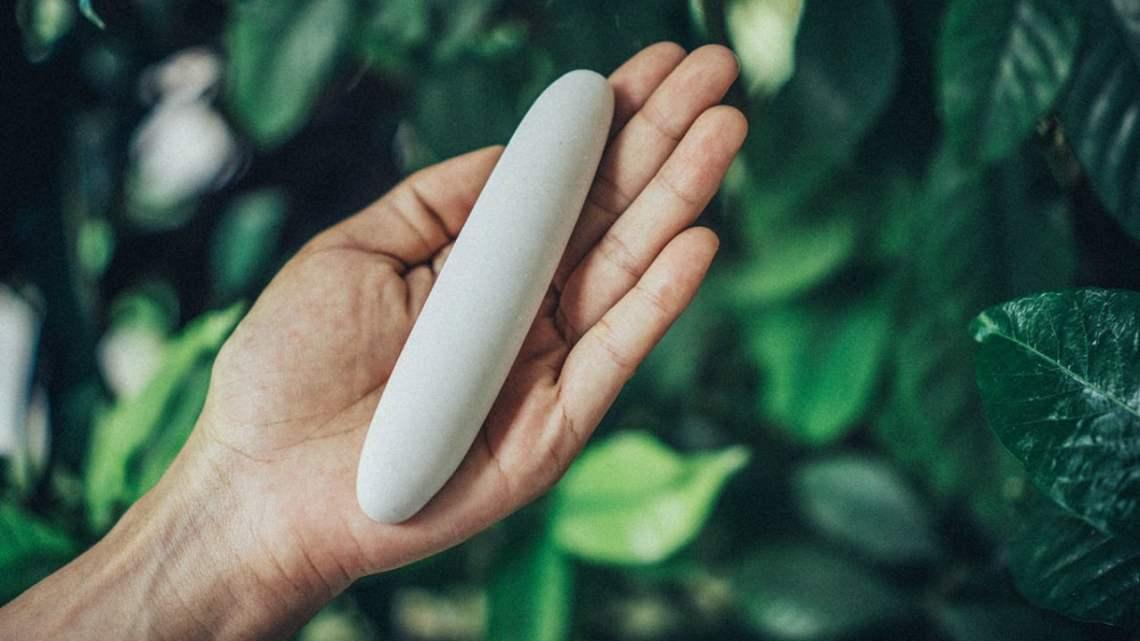 Le bâton Jamu promet d'exfolier votre vagin mais les experts disent que c'est absurde