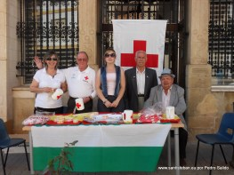 Banderita 2012, mesa de la plaza.