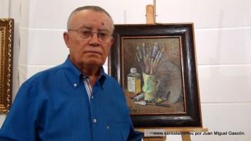 """José Romero, con su obra """"Trebejos""""."""