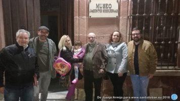 Juan José Armijo y Familia - Presentación del libro Flores de Cantueso