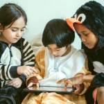 bambini che usano un Ipad