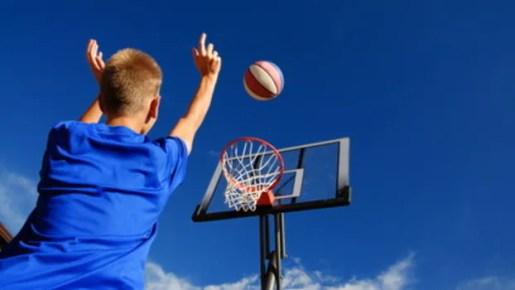 Risultati immagini per ragazzi sport
