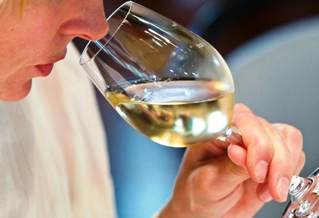 olfatto-vino-wwwsiracusanewsit