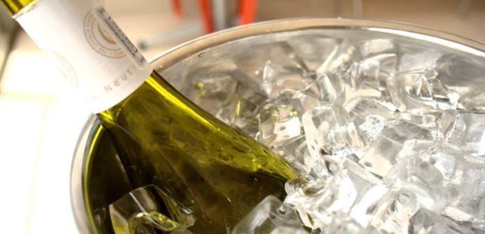gelando a garrafa