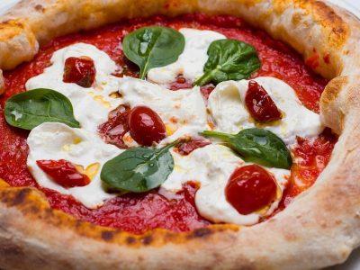 Le Origini della Pizza Napoletana