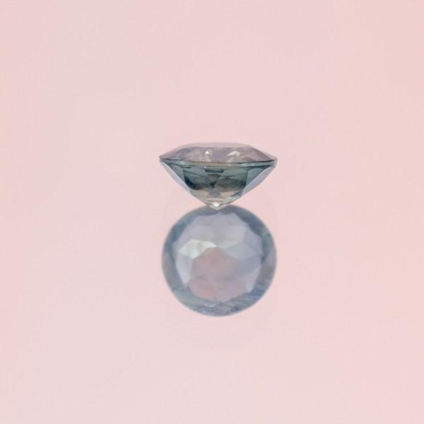 Round Blue - green sapphire