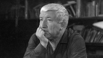 رسول حمزاتوف