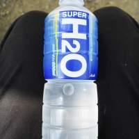{飲}アサヒ飲料/SUPER H2O