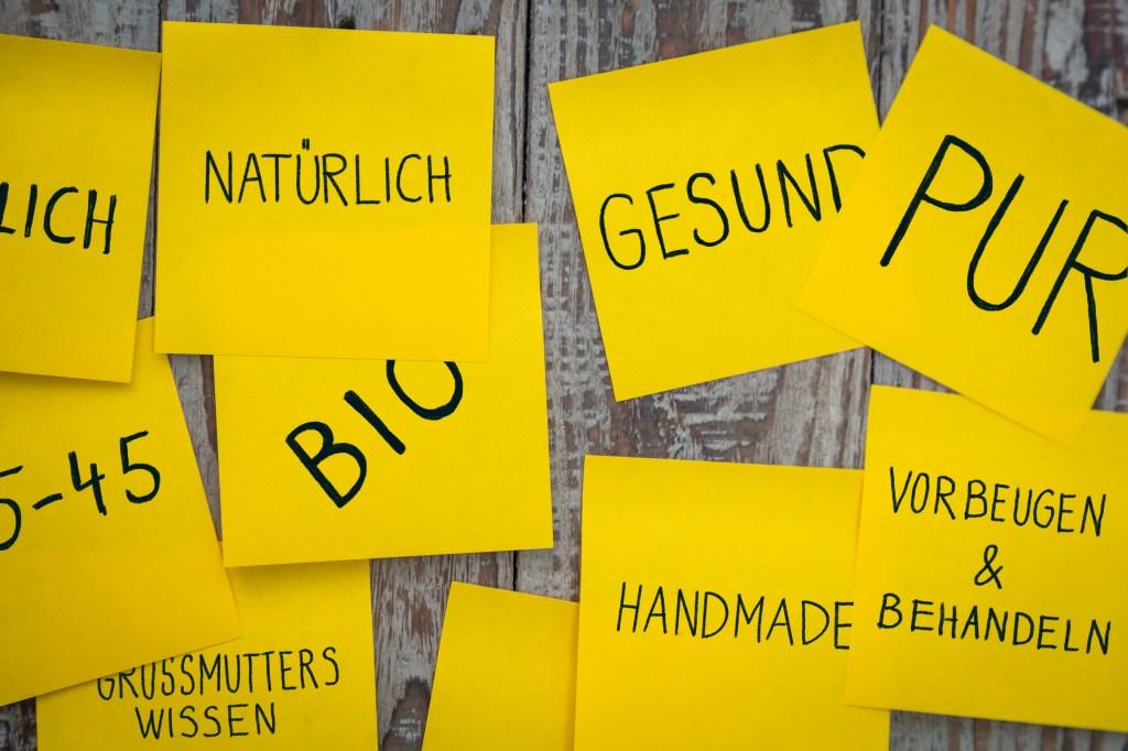 Logoentwicklung für Tee Geschichten Brainstorming