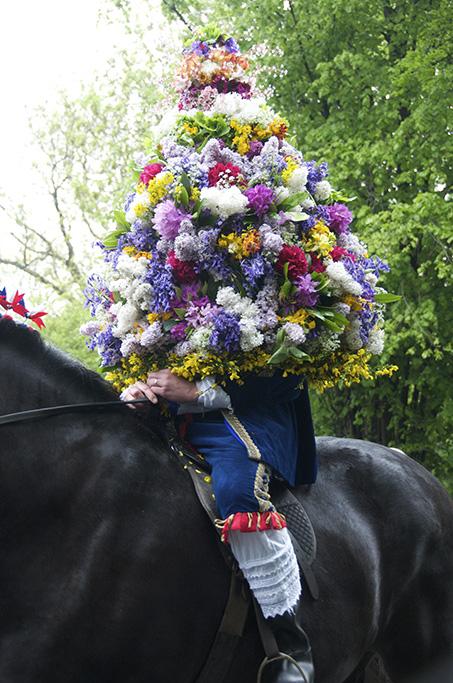 The King, Castleton Garland Day, Derbyshire