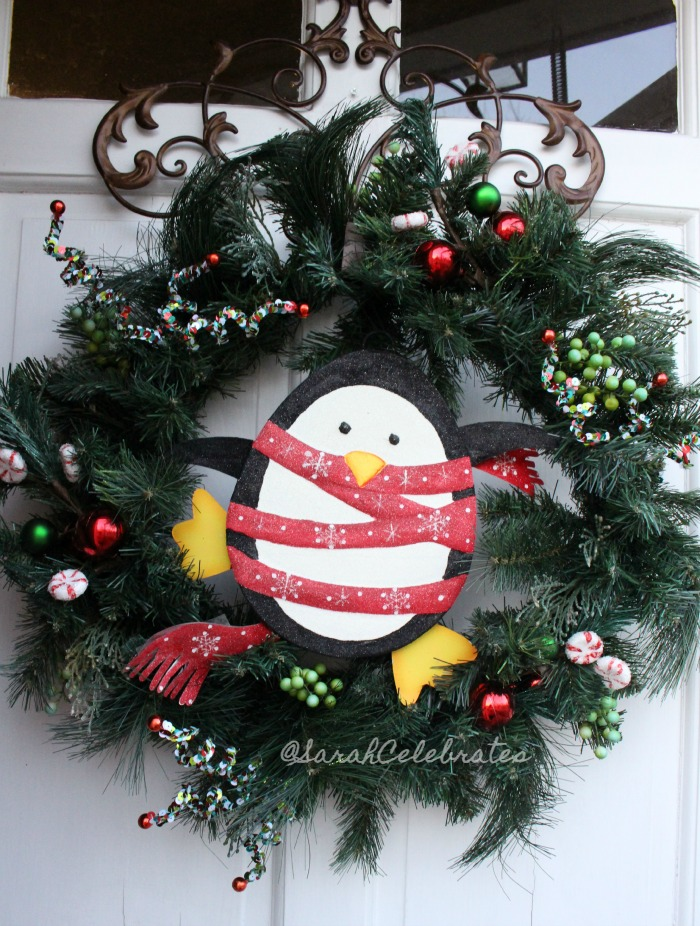 1 2 3 Christmas Wreath-Show it off | Sarah Celebrates