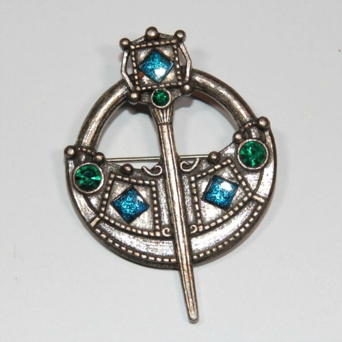 Tara Brooch | #Pinbellish Pin Trivia