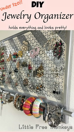 DIY-Jewelry-Organizer | A Sarah Special at #2usestusday