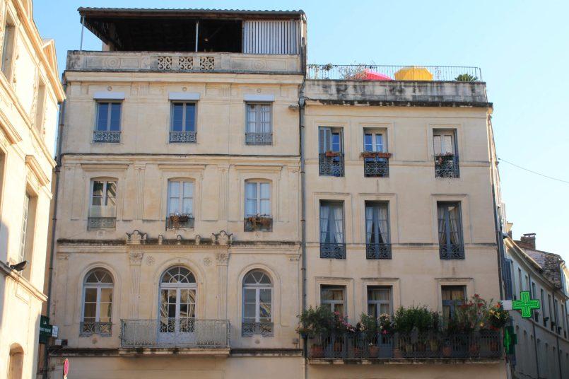 Nîmes centre ville quartier des Arênes