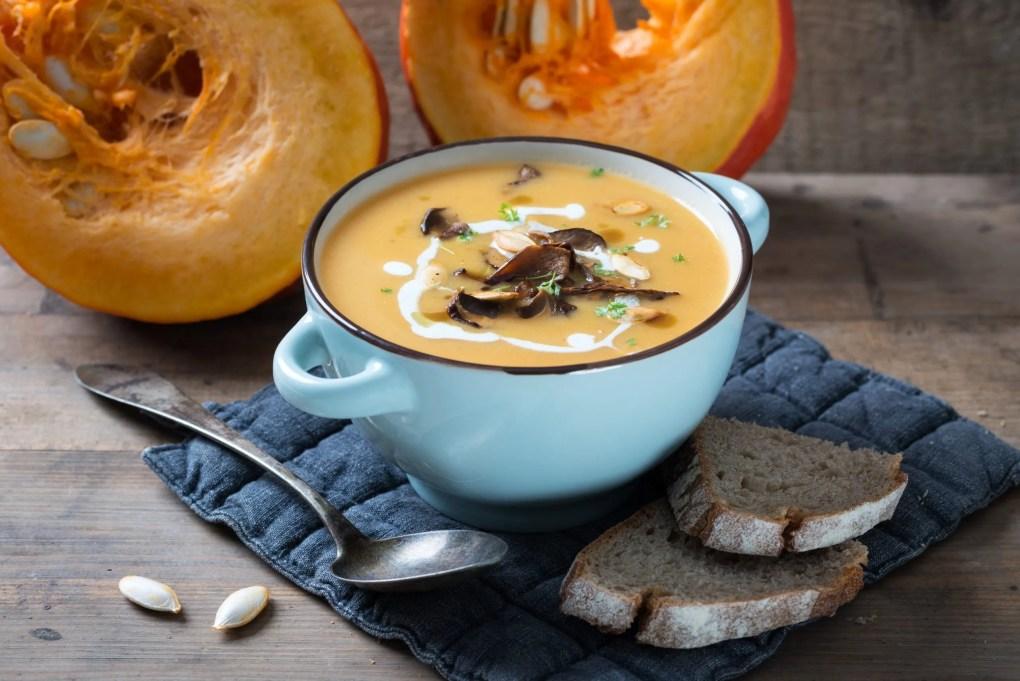Pompoen en champignon soep