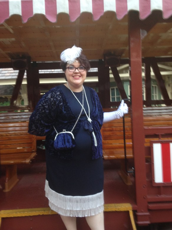 1920s flapper Dapper Day outfit