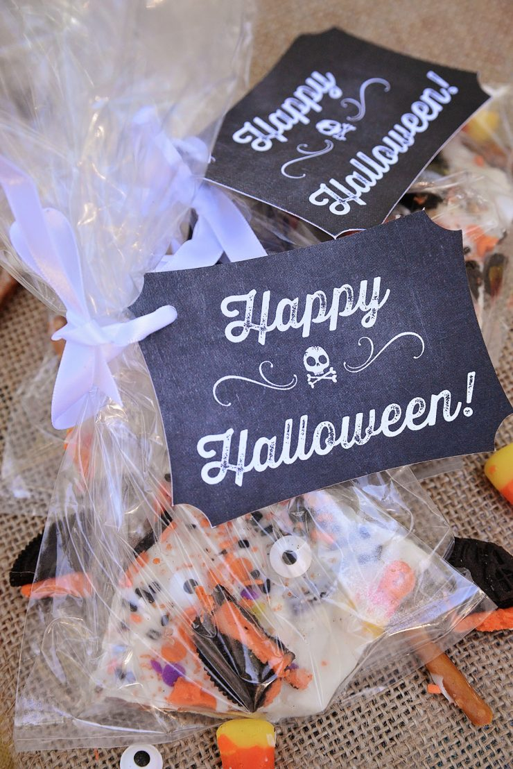 Halloween Treat Ideas | Chalk Art Treat Bags