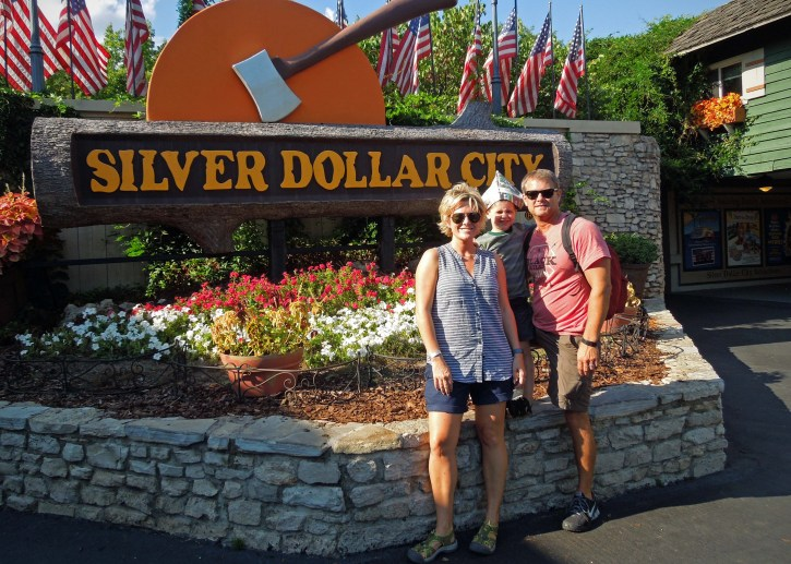 Hood Family | Silver Dollar City | August 2014