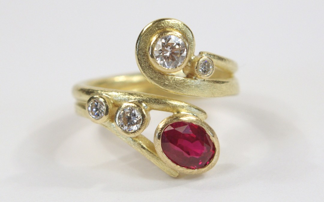 Curled Ring: 18ct Yellow Gold, Oval Ruby & Diamonds