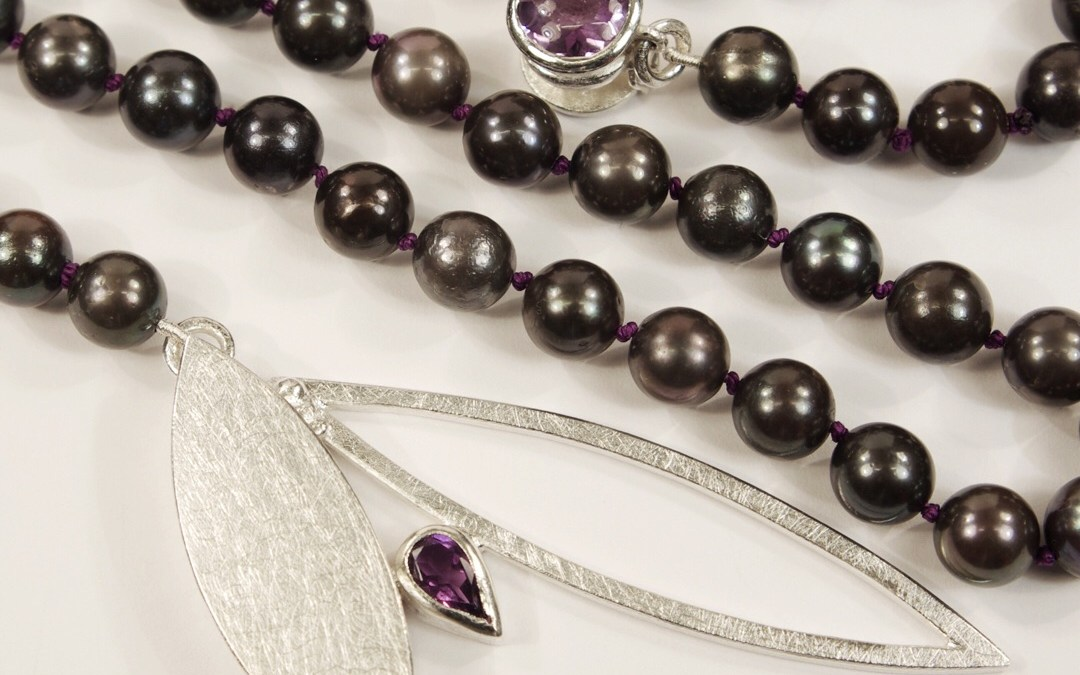 Margo's Black Pearl & Amethyst Marquise Necklace