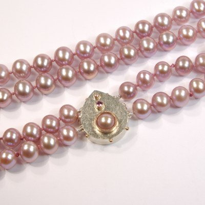 Heather's Lilac Pearl Necklace With Gold Drop-Shaped Box-Clasp | Double Row