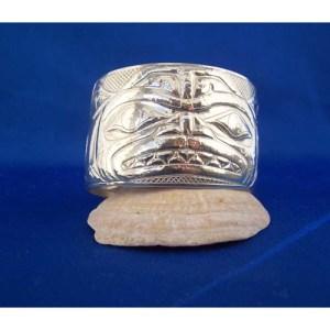 Silver Dogfish Brace;et bu Derel White