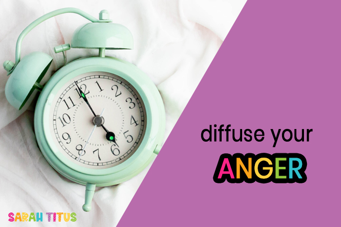 Whether it's a co-worker getting on your last nerve, a customer, or your kids who know just how to push your buttons, you are sure to come across some anger in your life. Here's how to Diffuse Your Anger in 5 Seconds...yes literally! 5 seconds!
