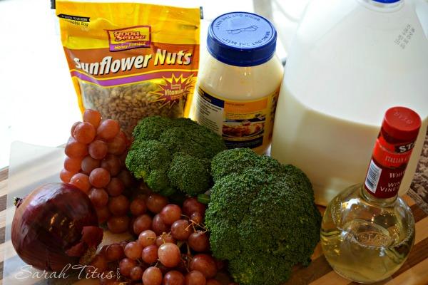 Broccoli and Grape Salad shared photo #1 (1)