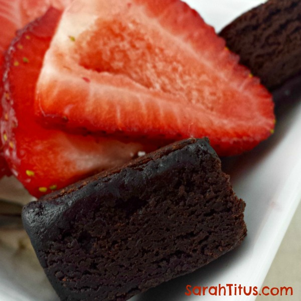 If you're looking for a strawberry shortcake recipe that people will love, look no further. This shortcake is chocolate! YUM! #chocolatecake #strawberry