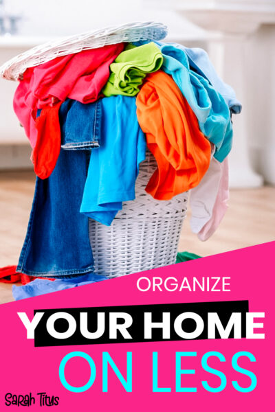 Looking for tips, inspiration and ideas on how to save money whilst organizing your home? Here are the best ways to organize your home on a budget. This will help you clean and declutter once and for all, without sacrificing quality! #hacks #houseorganization